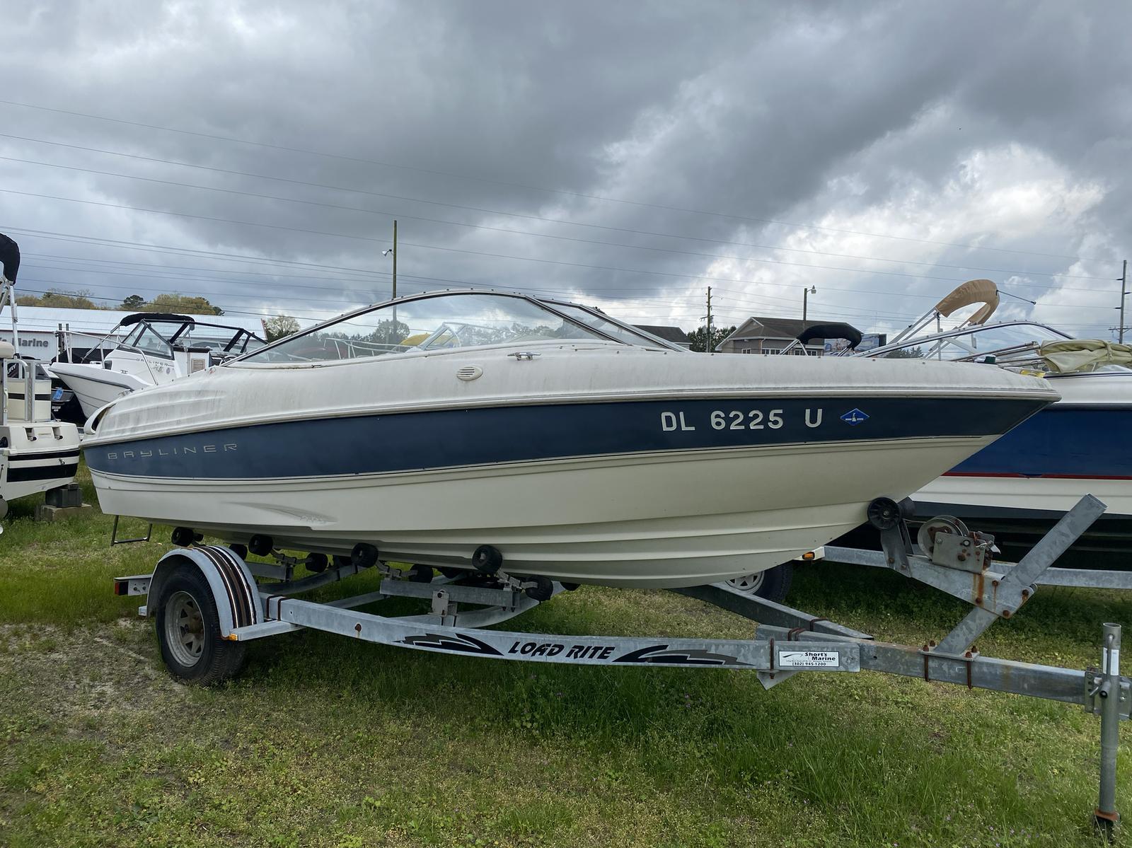 1999 Bayliner boat for sale, model of the boat is 1800LS & Image # 8 of 12