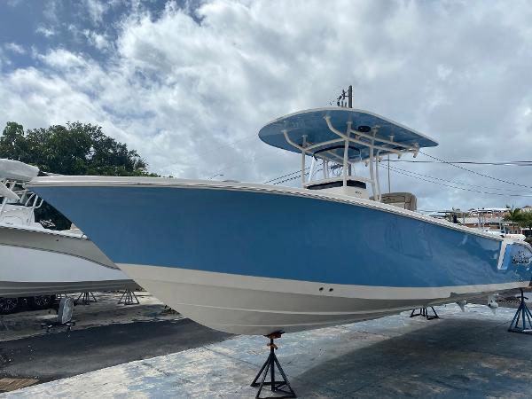 2021 Sea Chaser 30 HFC CC