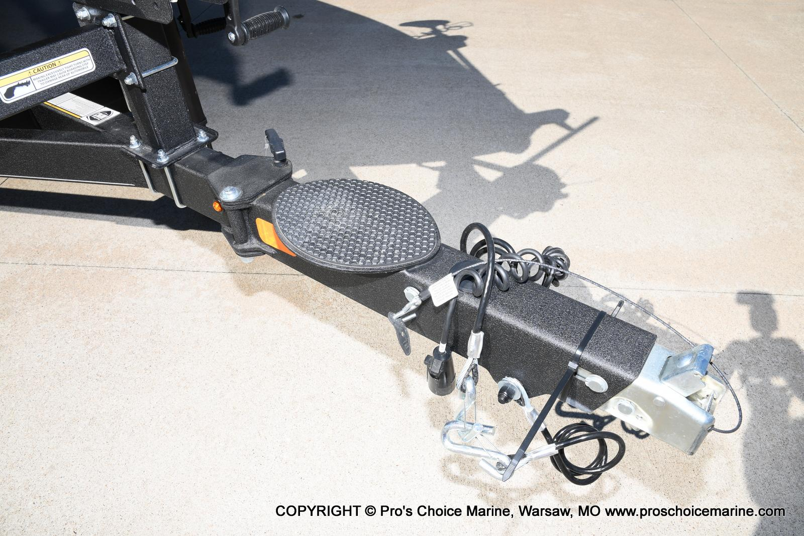 2021 Nitro boat for sale, model of the boat is Z21 Pro Package & Image # 12 of 50