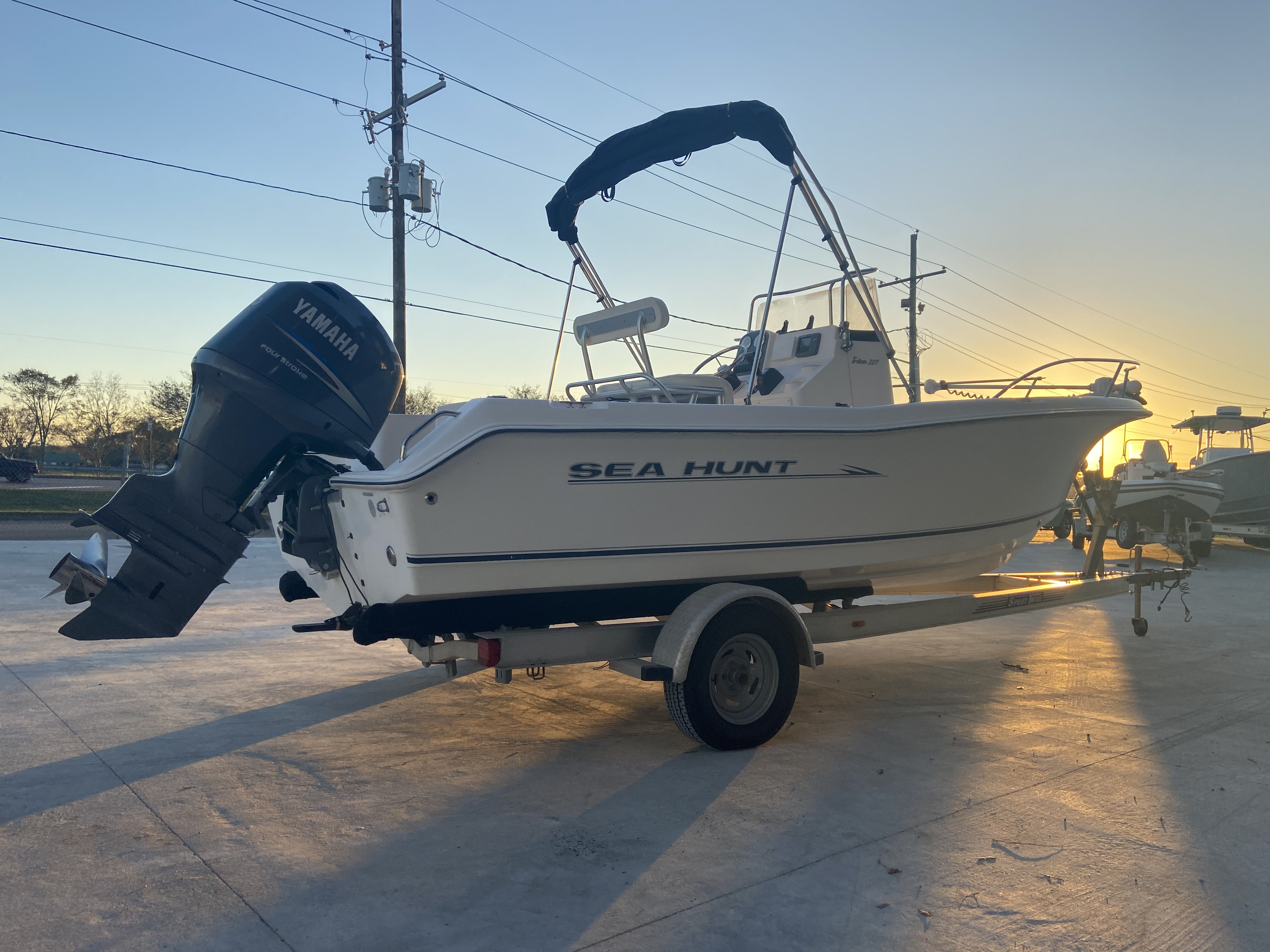 2007 Sea Hunt boat for sale, model of the boat is 207 Triton & Image # 9 of 28
