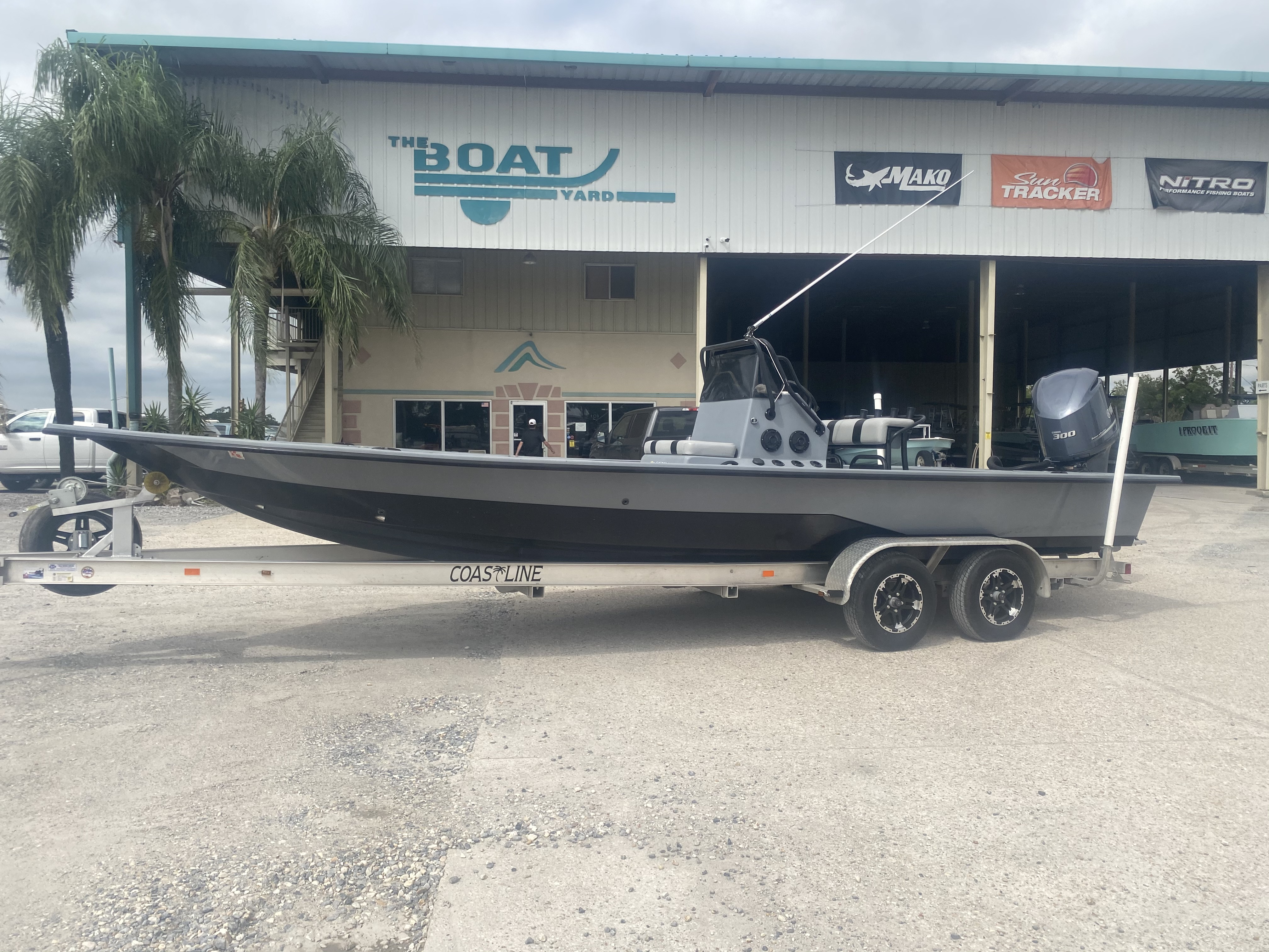 2016 Majek boat for sale, model of the boat is 25 Xtreme & Image # 1 of 16