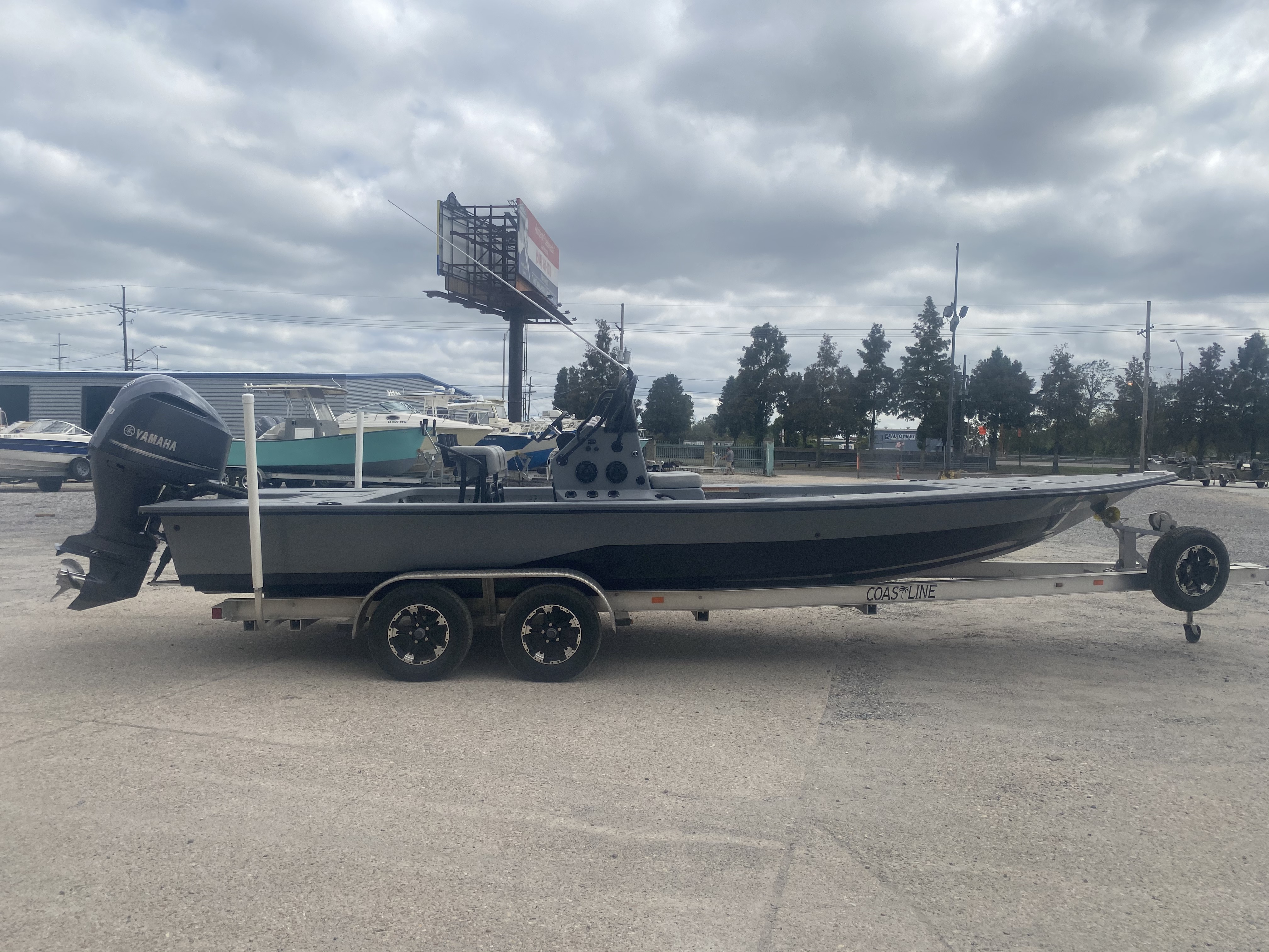 2016 Majek boat for sale, model of the boat is 25 Xtreme & Image # 3 of 16