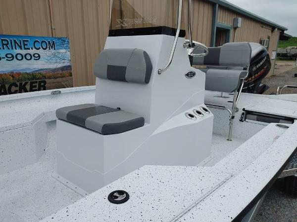 2020 Xpress boat for sale, model of the boat is H20B & Image # 3 of 11