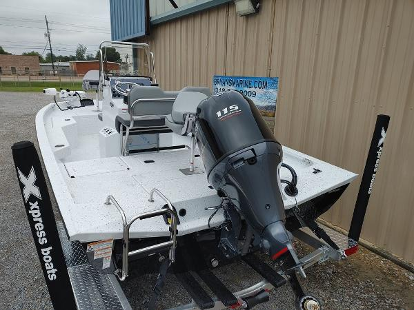 2020 Xpress boat for sale, model of the boat is H20B & Image # 11 of 11