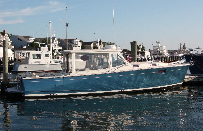 39' MJM Yachts 2012