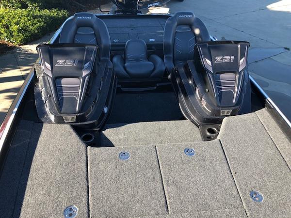 2020 Nitro boat for sale, model of the boat is Z21 & Image # 3 of 55