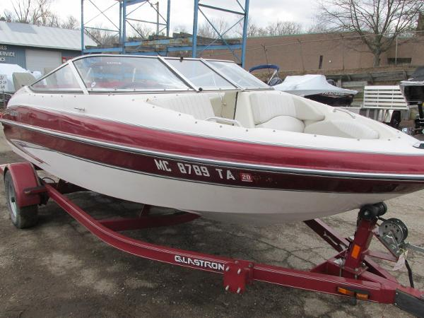 2007 Glastron boat for sale, model of the boat is GXL 185 & Image # 3 of 20