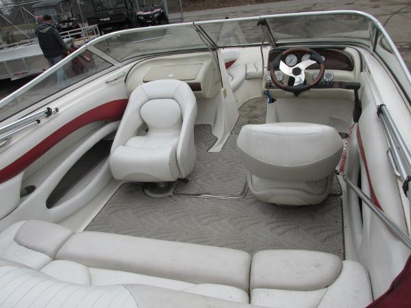 2007 Glastron boat for sale, model of the boat is GXL 185 & Image # 14 of 20