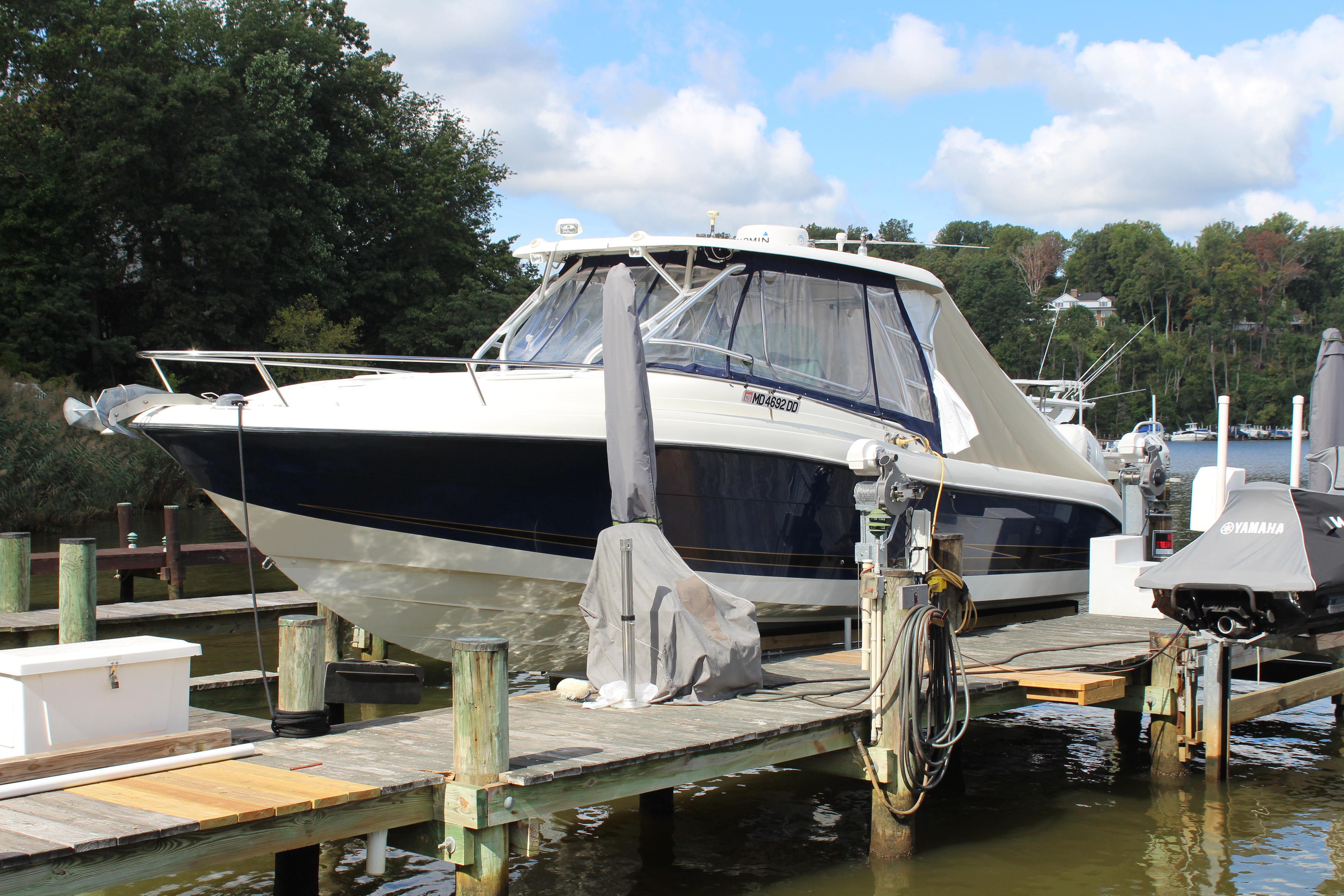 M 6529 RD Knot 10 Yacht Sales