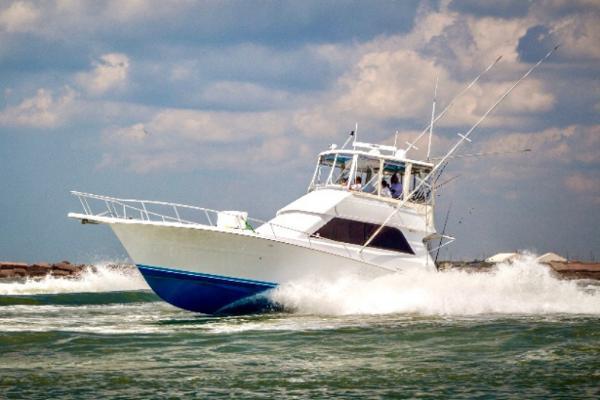 1993 Viking 43 Convertible with Seakeeper thumbnail