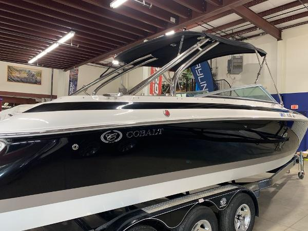 2005 Cobalt boat for sale, model of the boat is 262 & Image # 5 of 41