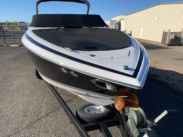 2005 Cobalt boat for sale, model of the boat is 262 & Image # 30 of 41