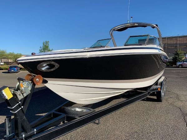 2005 Cobalt boat for sale, model of the boat is 262 & Image # 3 of 41