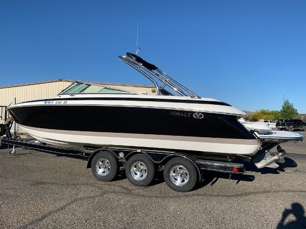 2005 Cobalt boat for sale, model of the boat is 262 & Image # 2 of 41