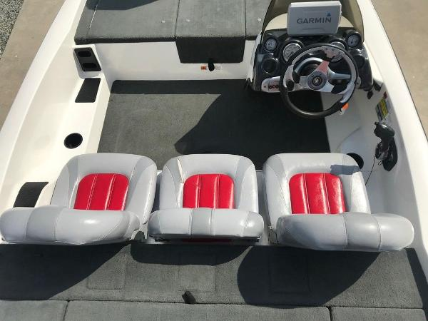 2007 Stratos boat for sale, model of the boat is 176 XT & Image # 8 of 13