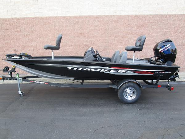 2021 Tracker Boats boat for sale, model of the boat is Pro Team 175 TXW & Image # 1 of 22