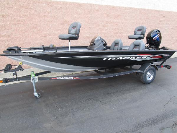 2021 Tracker Boats boat for sale, model of the boat is Pro Team 175 TXW & Image # 2 of 22