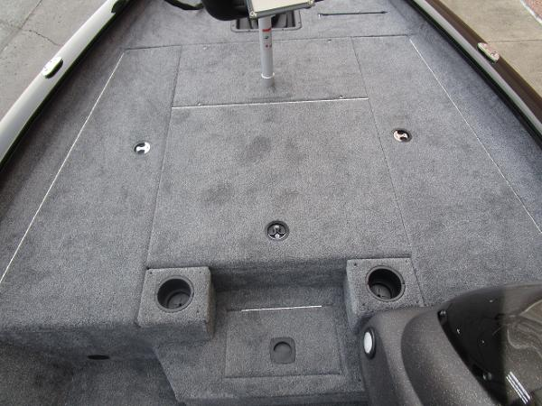 2021 Tracker Boats boat for sale, model of the boat is Pro Team 175 TXW & Image # 19 of 22