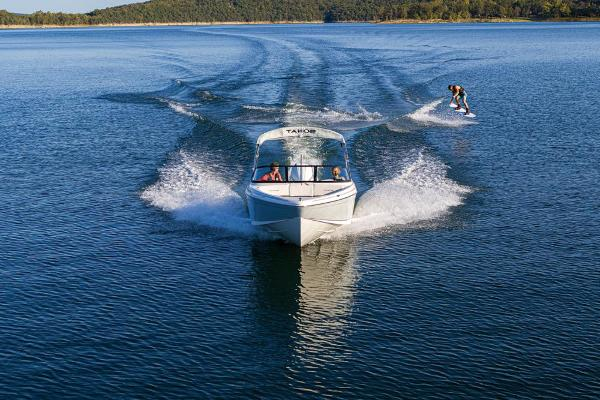 2021 Tahoe boat for sale, model of the boat is 210 S & Image # 16 of 96