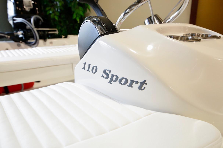 2021 Boston Whaler 110 Sport
