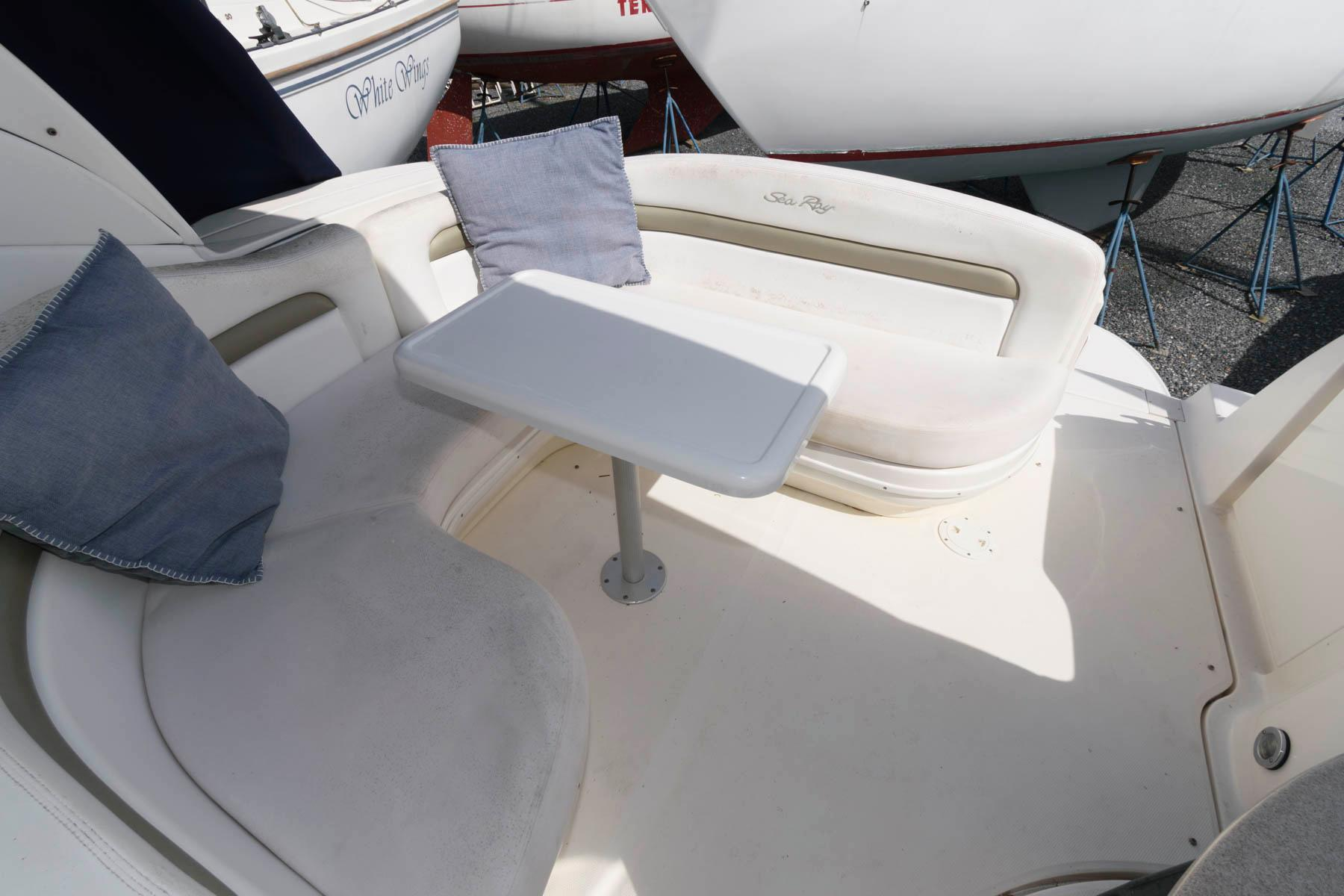 M 6026 KN Knot 10 Yacht Sales