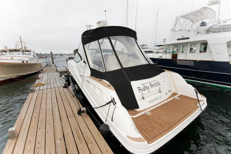RI 6404 RF Knot 10 Yacht Sales