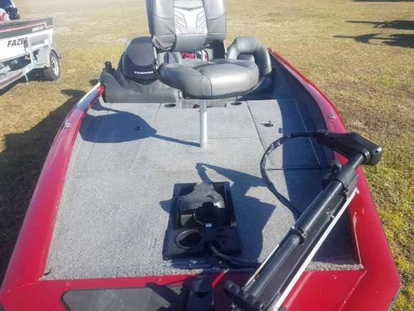 2019 Tracker Boats boat for sale, model of the boat is PRO 175TXW & Image # 12 of 13