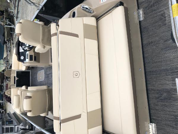 2020 Aqua Patio boat for sale, model of the boat is AP 259 Elite & Image # 9 of 28