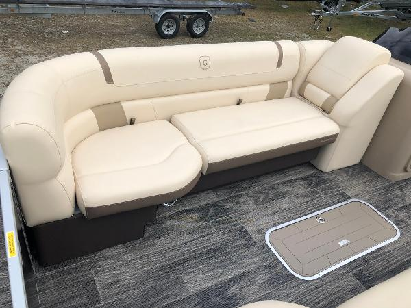 2020 Aqua Patio boat for sale, model of the boat is AP 259 Elite & Image # 15 of 28