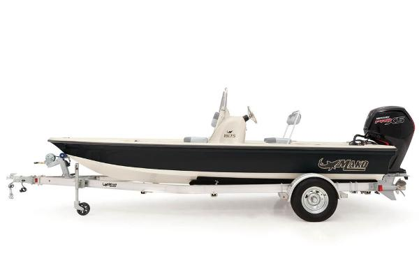 2021 Mako boat for sale, model of the boat is 18 LTS & Image # 12 of 58
