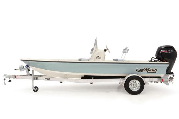 2021 Mako boat for sale, model of the boat is 18 LTS & Image # 13 of 58