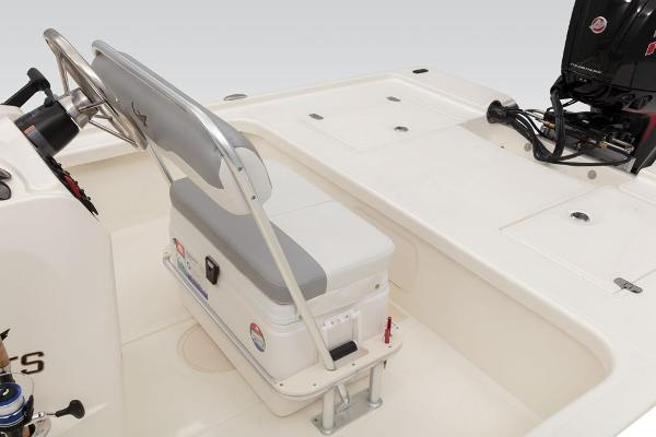 2021 Mako boat for sale, model of the boat is 18 LTS & Image # 35 of 58