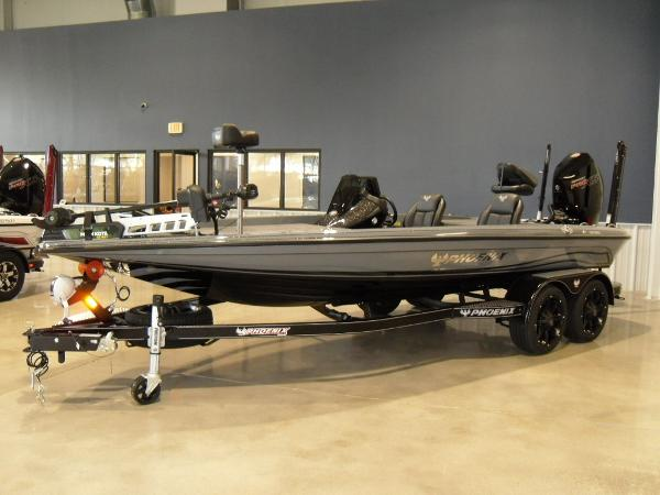 2021 Phoenix boat for sale, model of the boat is 920 Elite & Image # 1 of 22