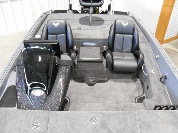 2021 Phoenix boat for sale, model of the boat is 920 Elite & Image # 9 of 22