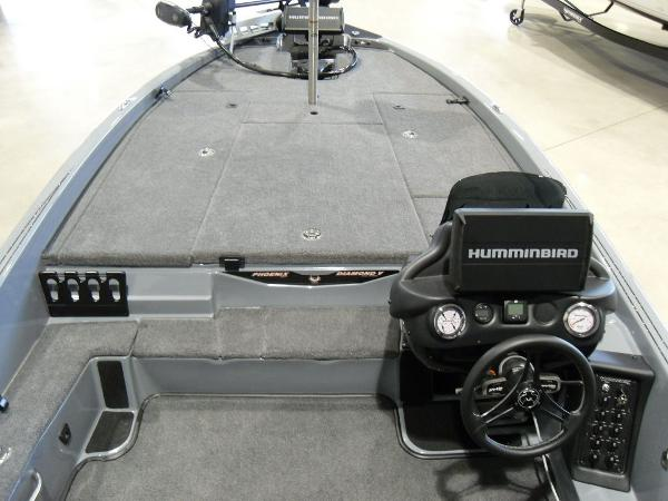 2021 Phoenix boat for sale, model of the boat is 920 Elite & Image # 12 of 22