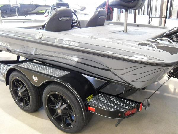 2021 Phoenix boat for sale, model of the boat is 920 Elite & Image # 22 of 22
