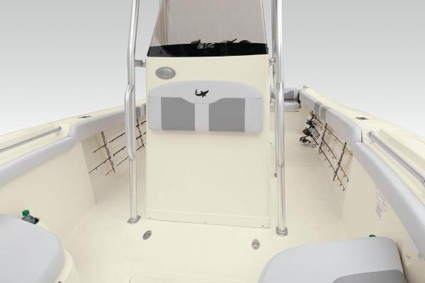 2021 Mako boat for sale, model of the boat is 214 CC & Image # 47 of 79