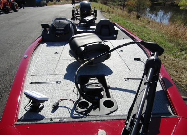 2020 Tracker Boats boat for sale, model of the boat is Pro Team™ 195 TXW Tournament Ed. & Image # 15 of 16