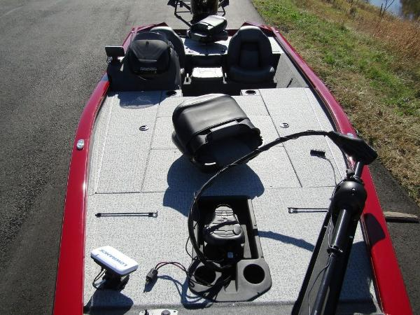 2020 Tracker Boats boat for sale, model of the boat is Pro Team™ 195 TXW Tournament Ed. & Image # 16 of 16