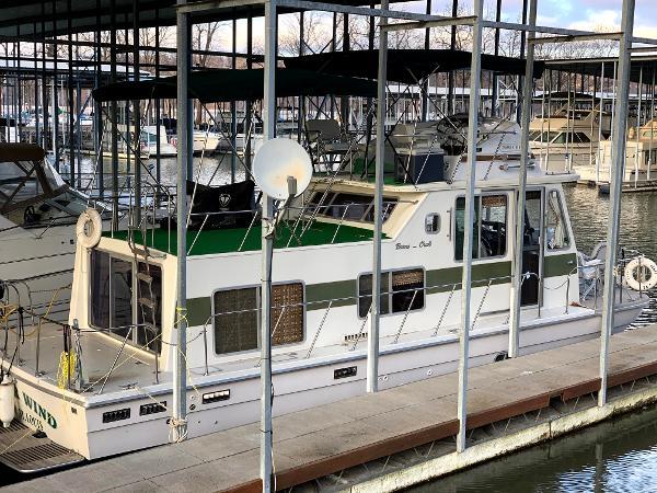 1974 BURNS CRAFT 32 House Boat thumbnail