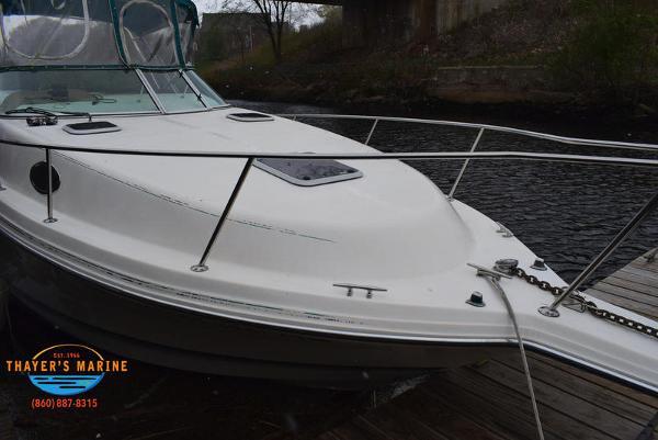 1996 Rinker boat for sale, model of the boat is Fiesta Vee 265 & Image # 42 of 62