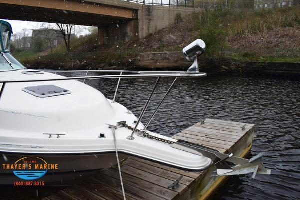 1996 Rinker boat for sale, model of the boat is Fiesta Vee 265 & Image # 48 of 62
