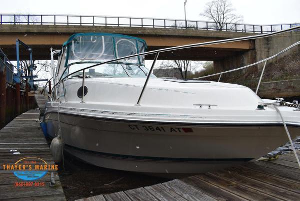 1996 Rinker boat for sale, model of the boat is Fiesta Vee 265 & Image # 51 of 62