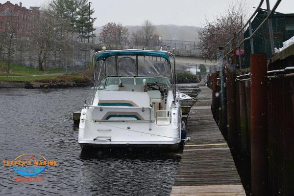 1996 Rinker boat for sale, model of the boat is Fiesta Vee 265 & Image # 52 of 62