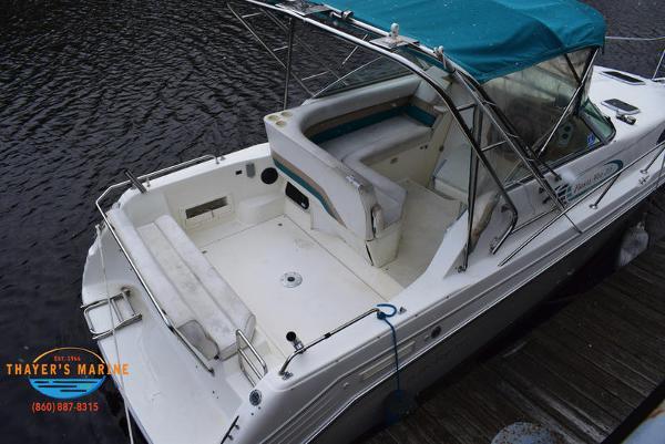 1996 Rinker boat for sale, model of the boat is Fiesta Vee 265 & Image # 56 of 62