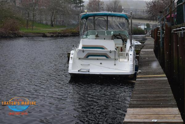1996 Rinker boat for sale, model of the boat is Fiesta Vee 265 & Image # 60 of 62
