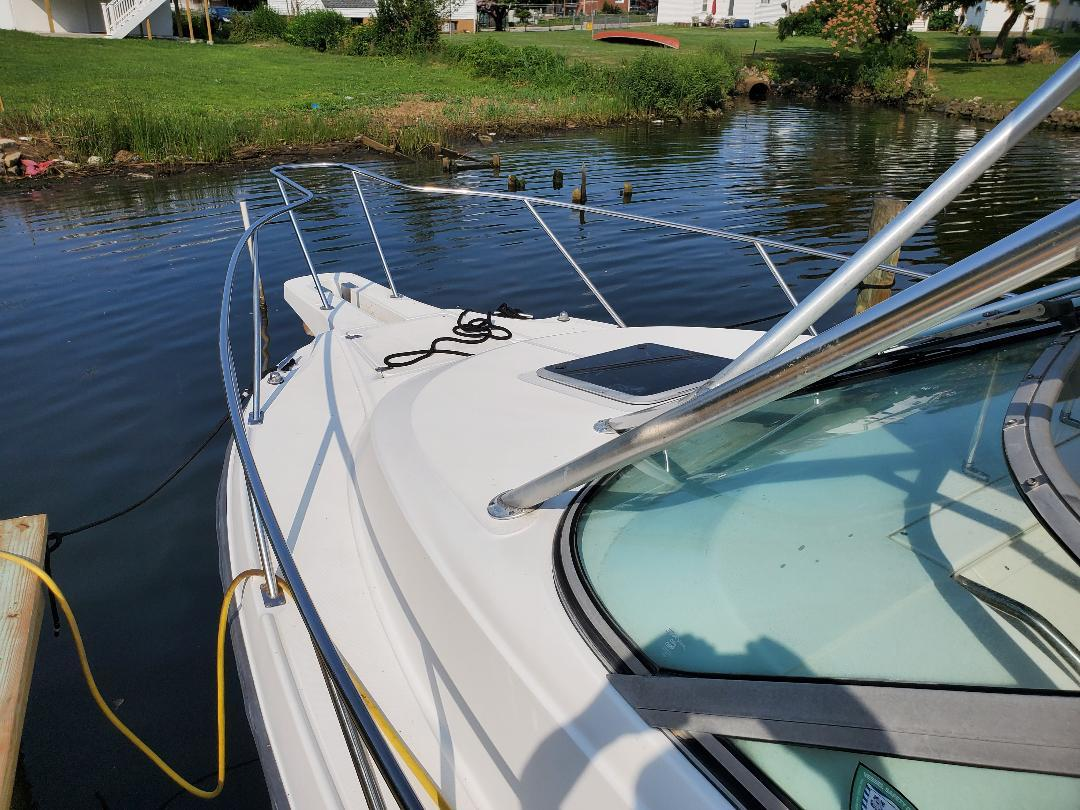 M 6383 CF Knot 10 Yacht Sales