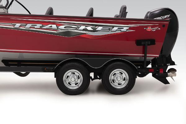 2022 Tracker Boats boat for sale, model of the boat is Targa™ V-19 Combo & Image # 3 of 47