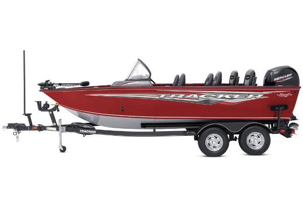 2022 Tracker Boats boat for sale, model of the boat is Targa™ V-19 Combo & Image # 4 of 47