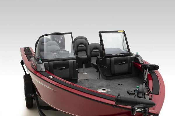 2022 Tracker Boats boat for sale, model of the boat is Targa™ V-19 Combo & Image # 11 of 47